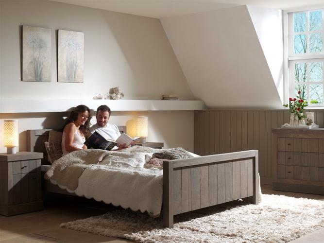 Slaapkamer royal collectie kasten tafels bedden fauteuils eetkamerstoelen kapstokken en spiegels - Slaapkamer kasten modellen slapen ...
